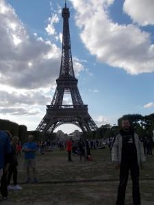 Da ist es: Das unvermeidliche Eiffelturm-Foto