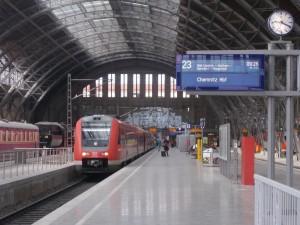 In Leipzig: Warten auf die Abfahrt nach Chemnitz
